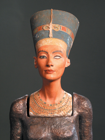 Nefertiti teste / The Body of Nefertiti