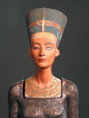 Nefertiti teste / The Body of Nefertiti