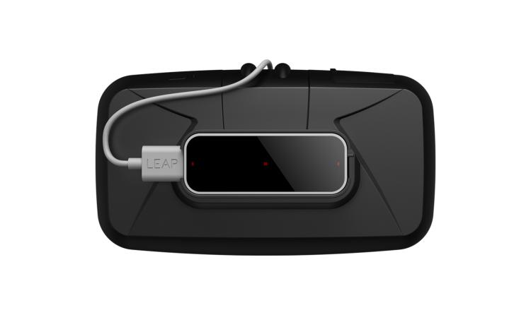 Leap-Motion-VR-Developer-Mount-on-HMD