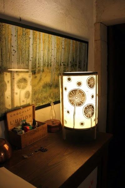 lampe fleurs de citron | LinoLino | Linogravure | Créations artisanales