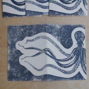 carnet poulpe linogravure (couverture entière) | LinoLino | Créations artisanales