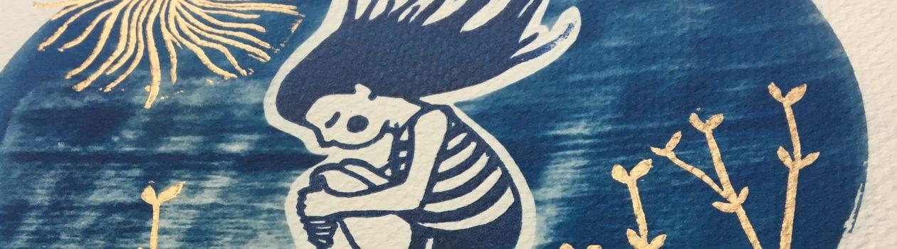 LinoLino | Linogravure et créations à partir d'impressions artisanales | Chambéry, France | Linogravure cyanotype baigneuse plouf détail