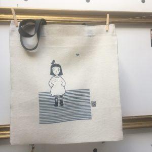 LinoLino | Linogravure et créations à partir d'impressions artisanales | Chambéry, France | Sac Oiseau sur la tête