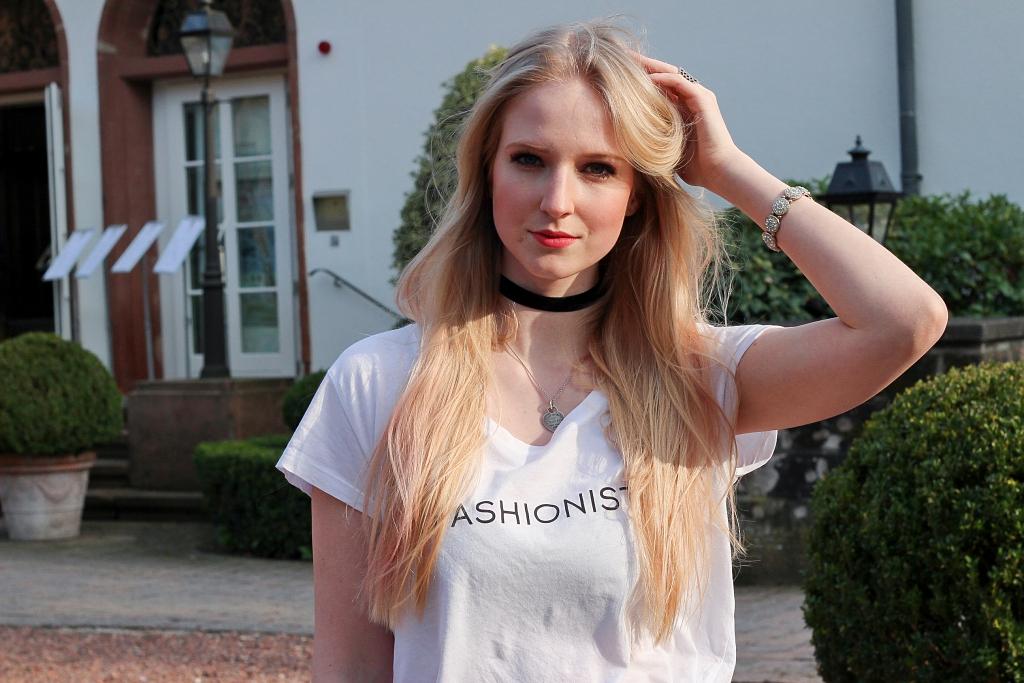 Netzstrumpfhosen, how to wear, Inspiration, Fishnet, Fishnet Tights, Mantel, Orsay, casual chic, fashionista, blogger, modebloggerin