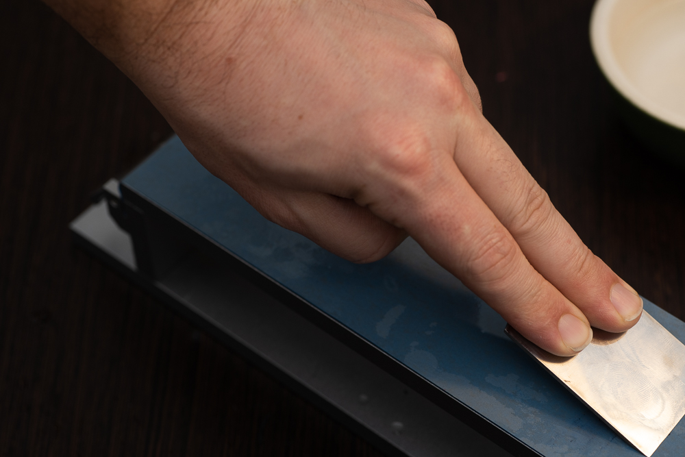 How to sharpen your skiving knife