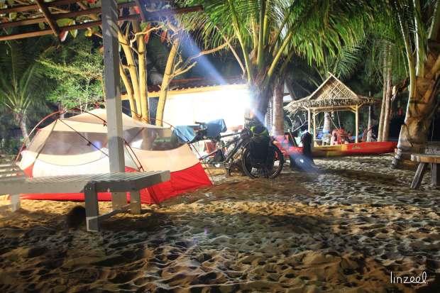 Nuit sur la plage de Kaphlong