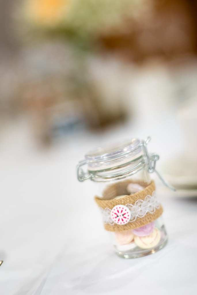 wedding reception table gifts