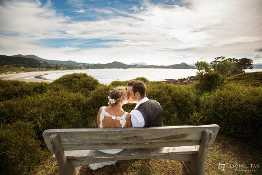 auckland wedding bride and groom great barrier island