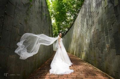 singapore bridal shoot fort canning veil