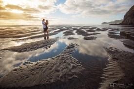 auckland engagement shoot piha beach