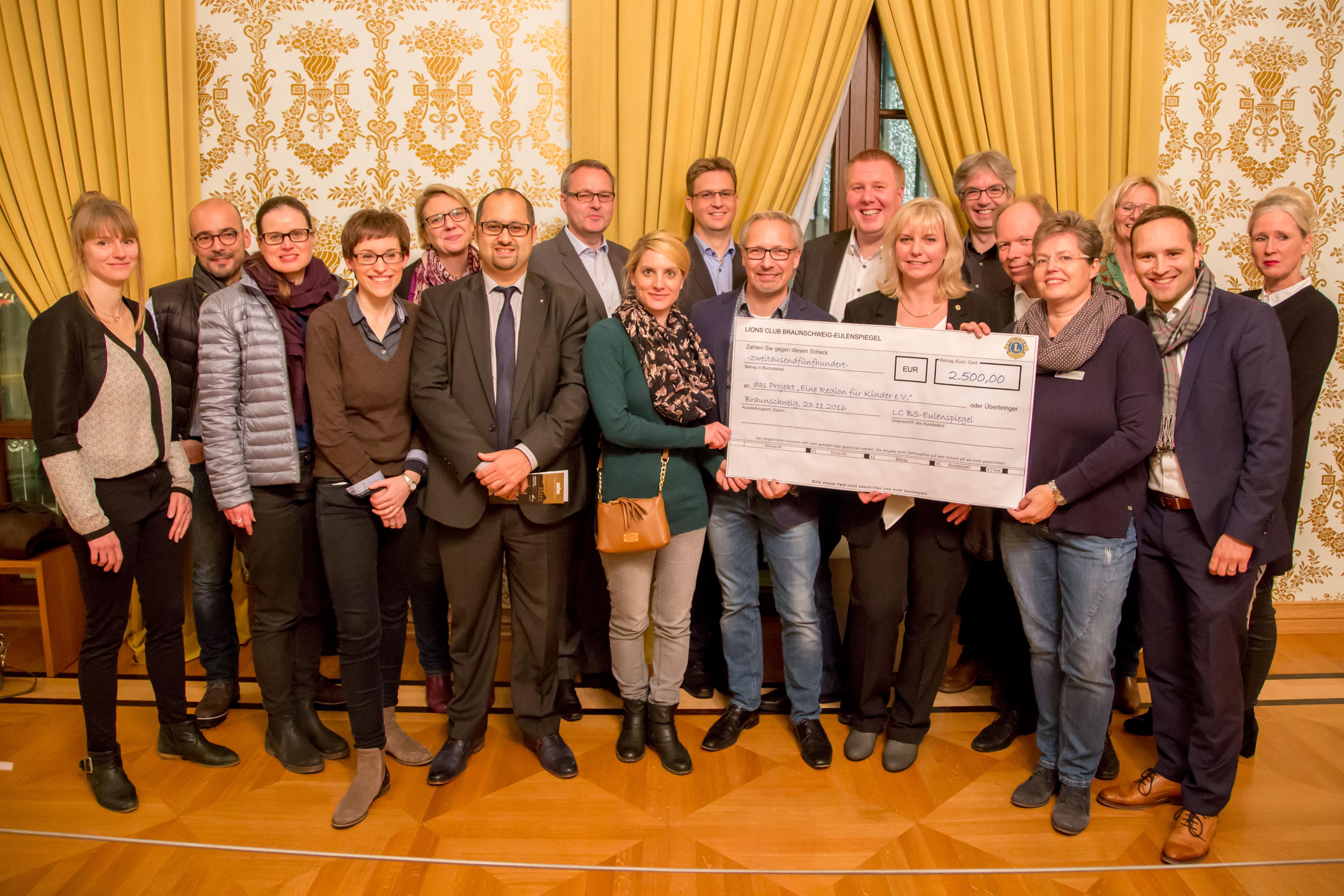 2500 Euro vom Lions Club Braunschweig Eulenspiegel für