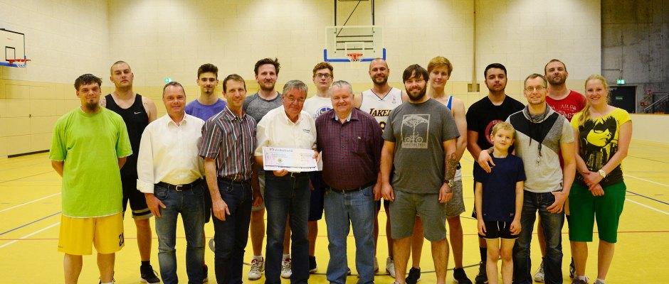 Lions Club Greiz: Greizer SV Bullets freuen sich über großzügige Spende