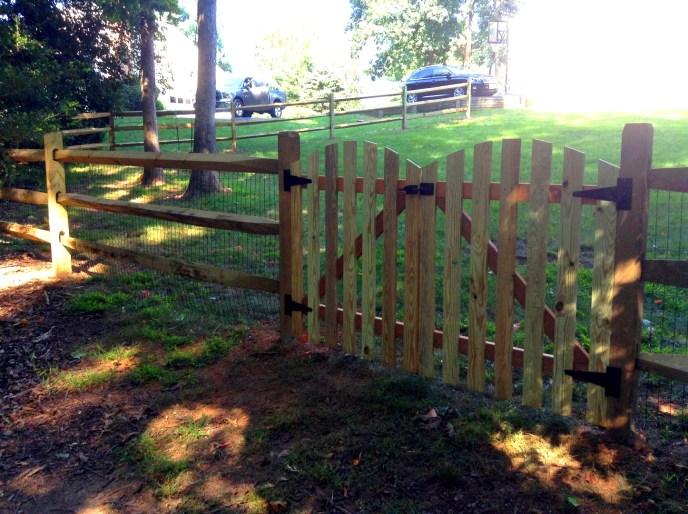 Split Rail Fence Loudoun County VA by Lions Fence. 5jpg