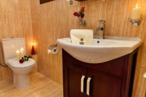 Cranberry-Suite 2-Pelion- Bathroom