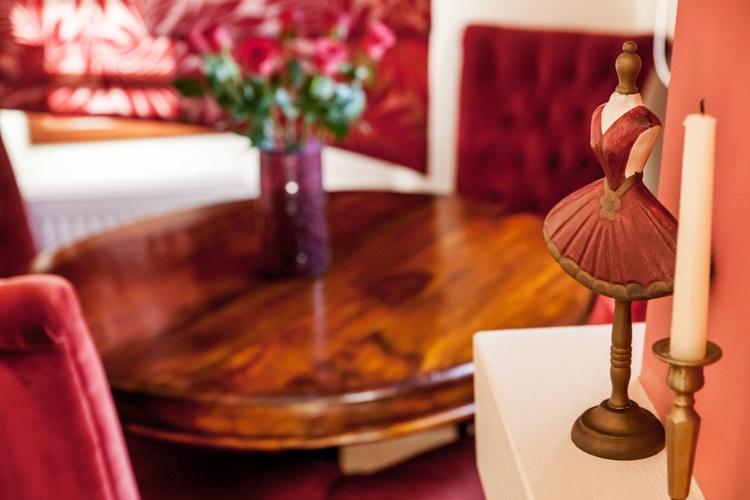 CRANBERRY - SOUITA 2-PILION HOTEL
