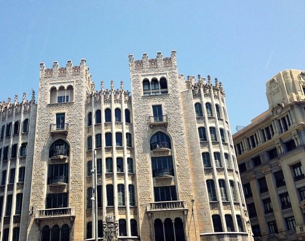 barcelona-cladiri-1024x810