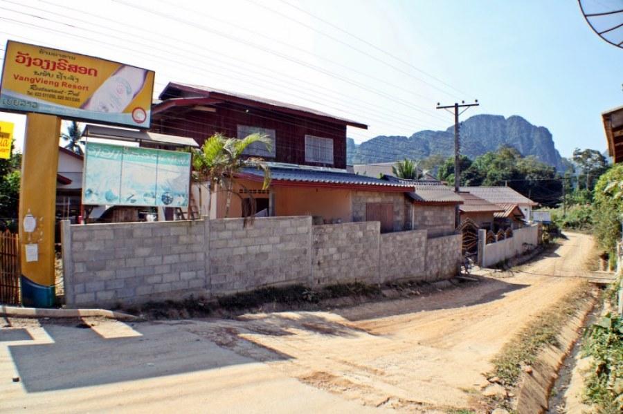 Vang-vieng-d3-1-resort-1024x682