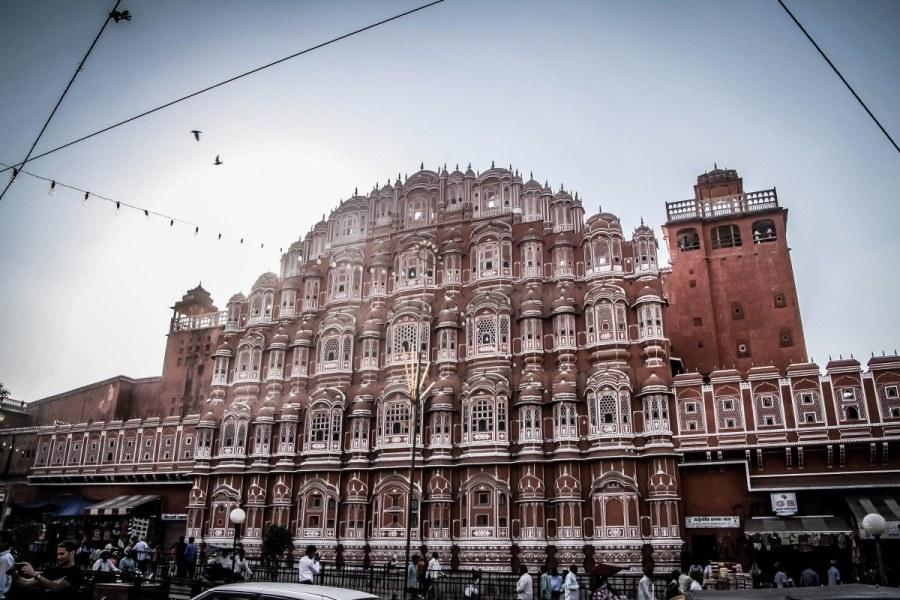 India-Varanasi-rasarit-359_1200x800