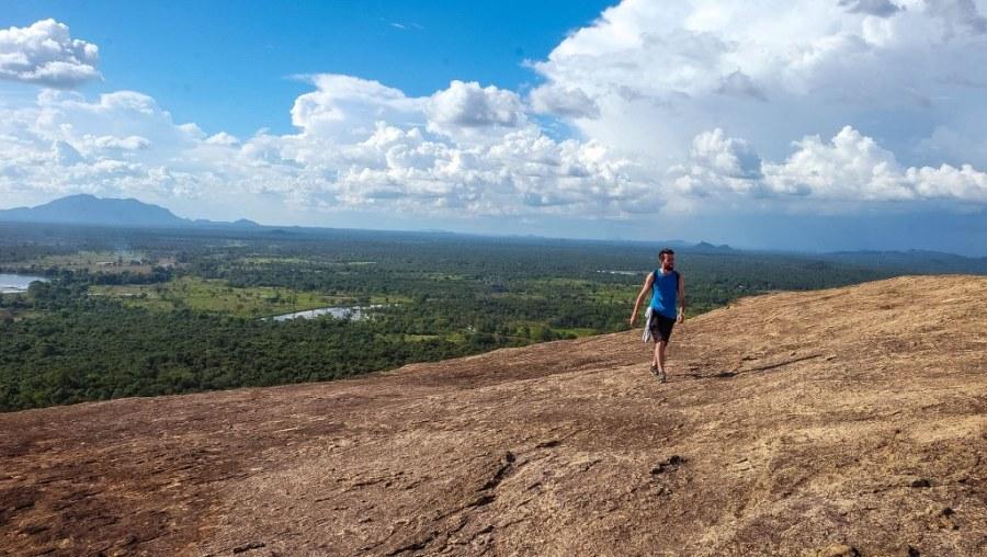 Sigiriya-Pidurangala-rock-temple-Sri-Lanka-58_1024x578