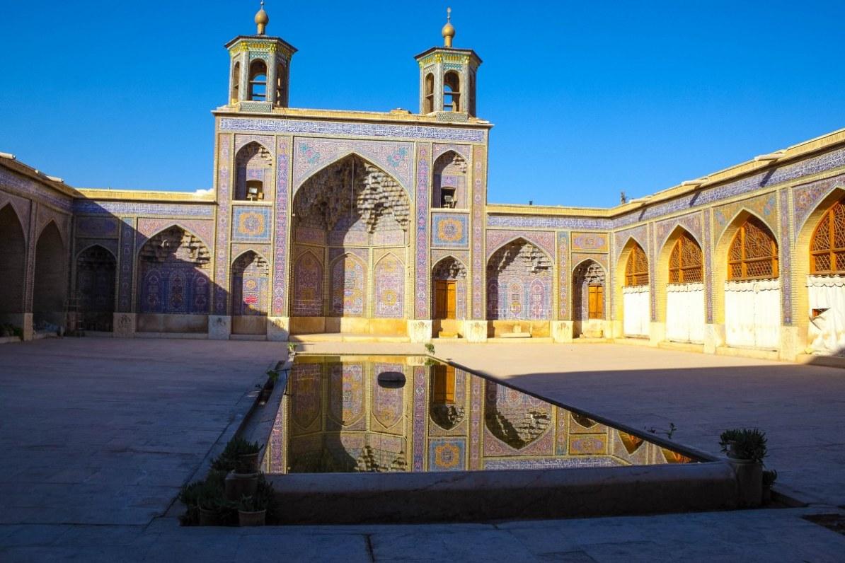 nasir al-mulk iran mosque-4_1200x800