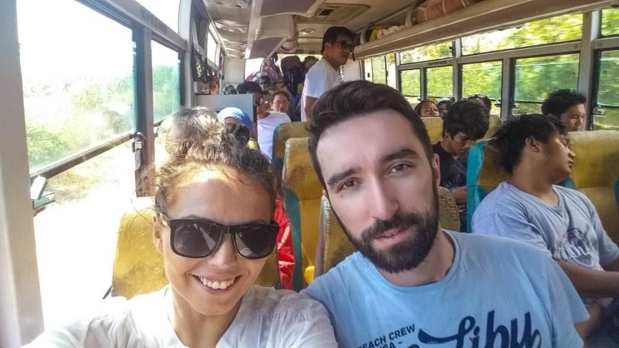 Puerto-Princesa-spre-El-Nido-Roro-Bus-11_1024x576_1024x576