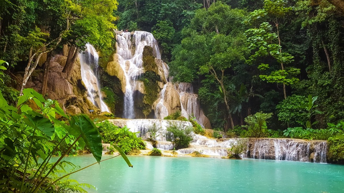 kuang si waterfall luang prabang-121_1280x720