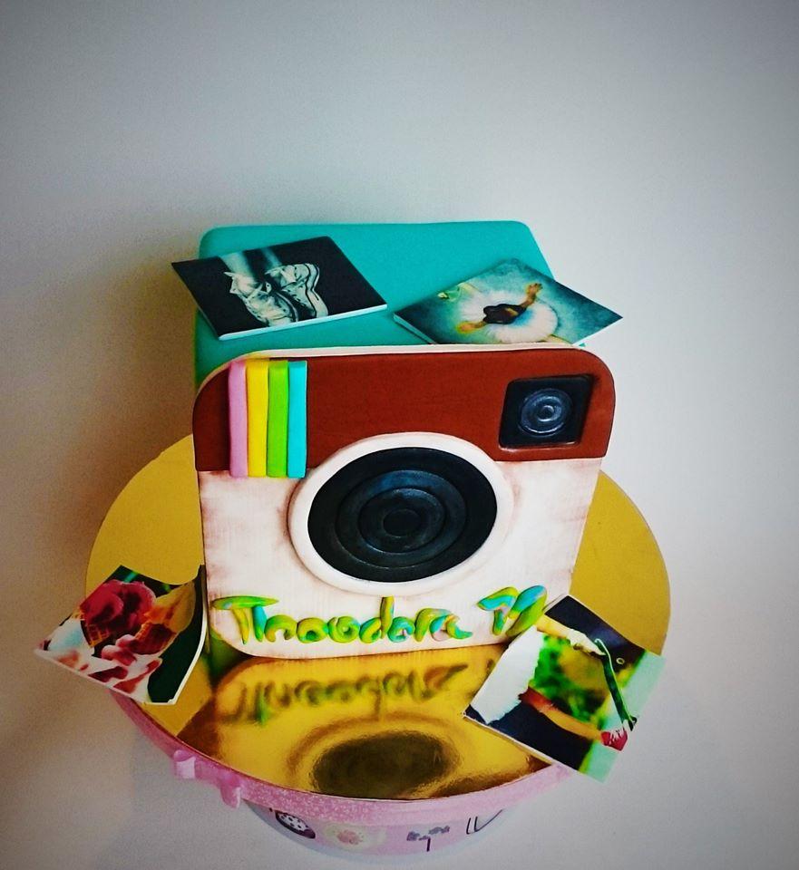 tort-instagram-cristina-badea