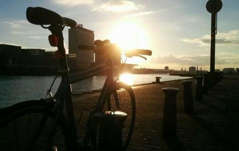 Kerékpár az IJhavenben; ár 25000 EUR