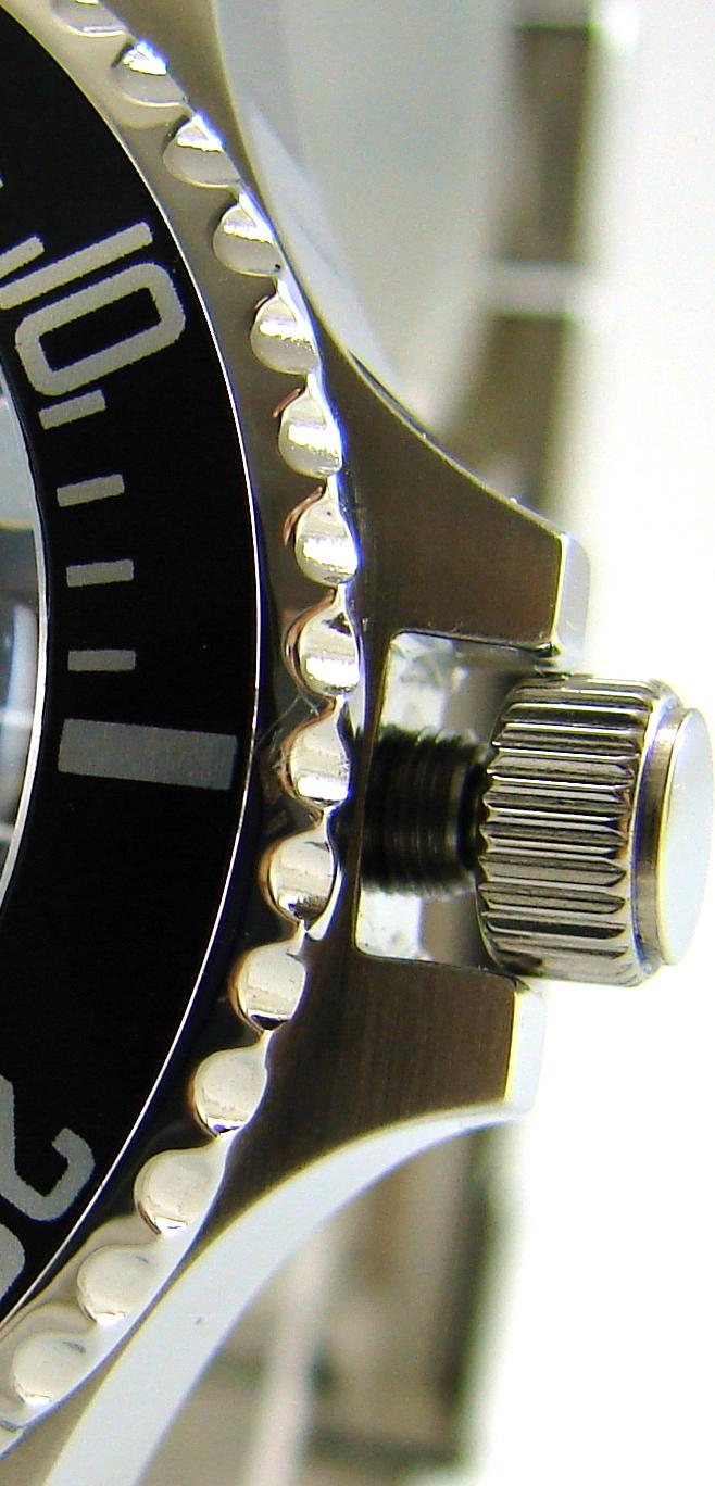 Hektor-Sport-Edelstahl-silber-schwarz-30-ATM-300-m-Taucheruhr-liporis-watch