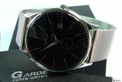 Ruhla Classic Germany Quarz Herrenuhr kleine Sekunde Milanaise Edelstahl Uhrband
