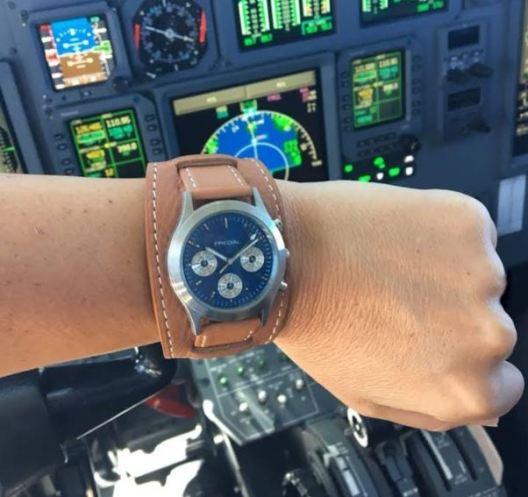 PREDIAL blue sky Chronograph bei Pilotin im Einsatz