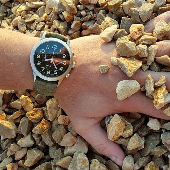 Bild des NVA Chronographen während der Erprobung