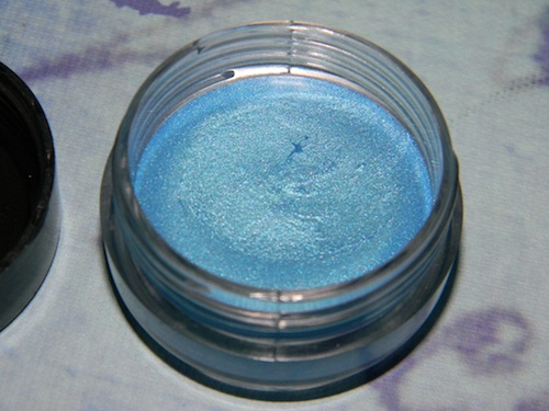 Make Up For Ever Aqua Cream Eyeshadow: An ultra-pigmented, long-lasting waterproof cream
