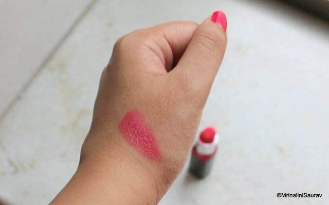 Maybelline Color Show Lipstick Crushed Candy Swatches Review