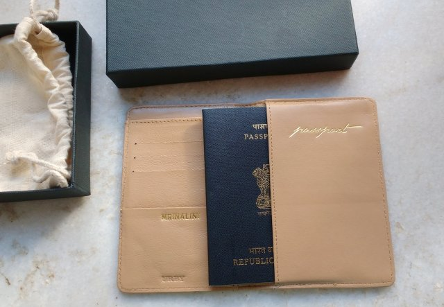 Urby Passport Holders | Review