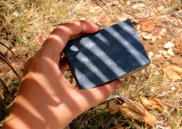 Vya Naturals Activated Charcoal & Cedarwood Handmade Soap | Review
