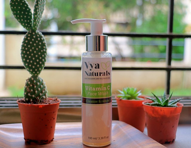 Vya Naturals Vitamin C Face Wash | Review