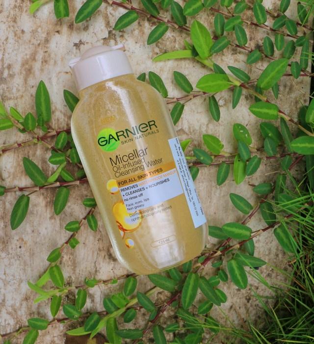 Garnier Micellar Oil Infused Cleansing Water | Review