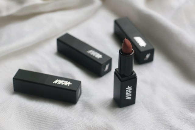 Nykaa So Matte Lipstick - Totes Natural | Review and Swatches
