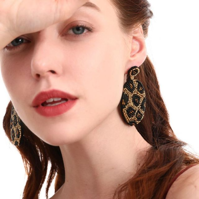 Dazzle Luna Earrings