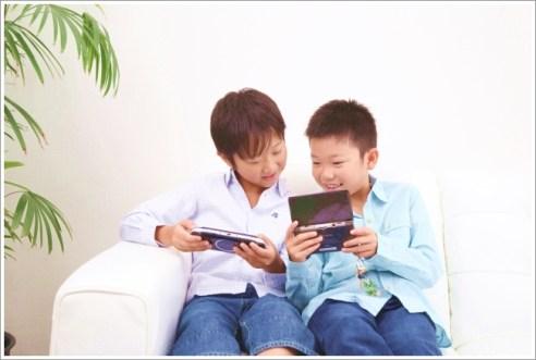 子ども、ゲーム