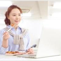 女性、弁当、パソコン、食事、仕事