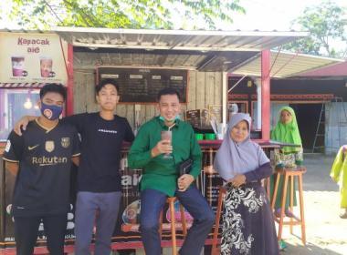 Wabup Apri Singgah di Tempat UMKM Kapacak AIE Dusun Kuning Gading