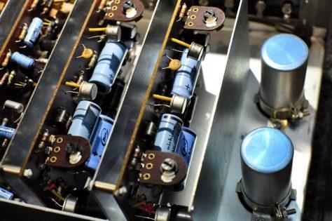 DSC6279-1024x680 Vintage Luxman SQ-505 Integrated Amplifier for Sale