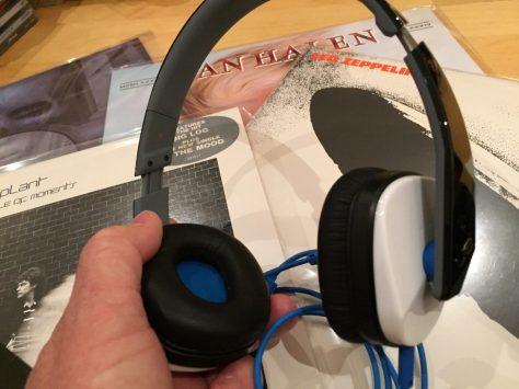 IMG_2298 Headphone Bargain: Logitech Ultimate Ears 4000 Review
