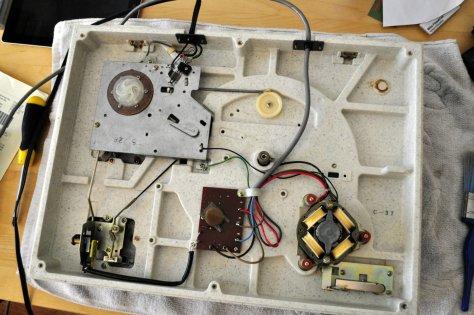 002 Kenwood KD-2055 Belt-Drive Turntable Repair