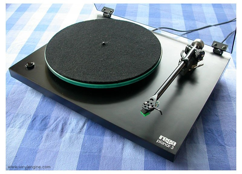 rega_planar_3_top_view