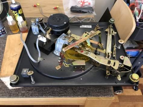 img_0937 Dual 1219 Idler Drive Turntable Major Service & Repair