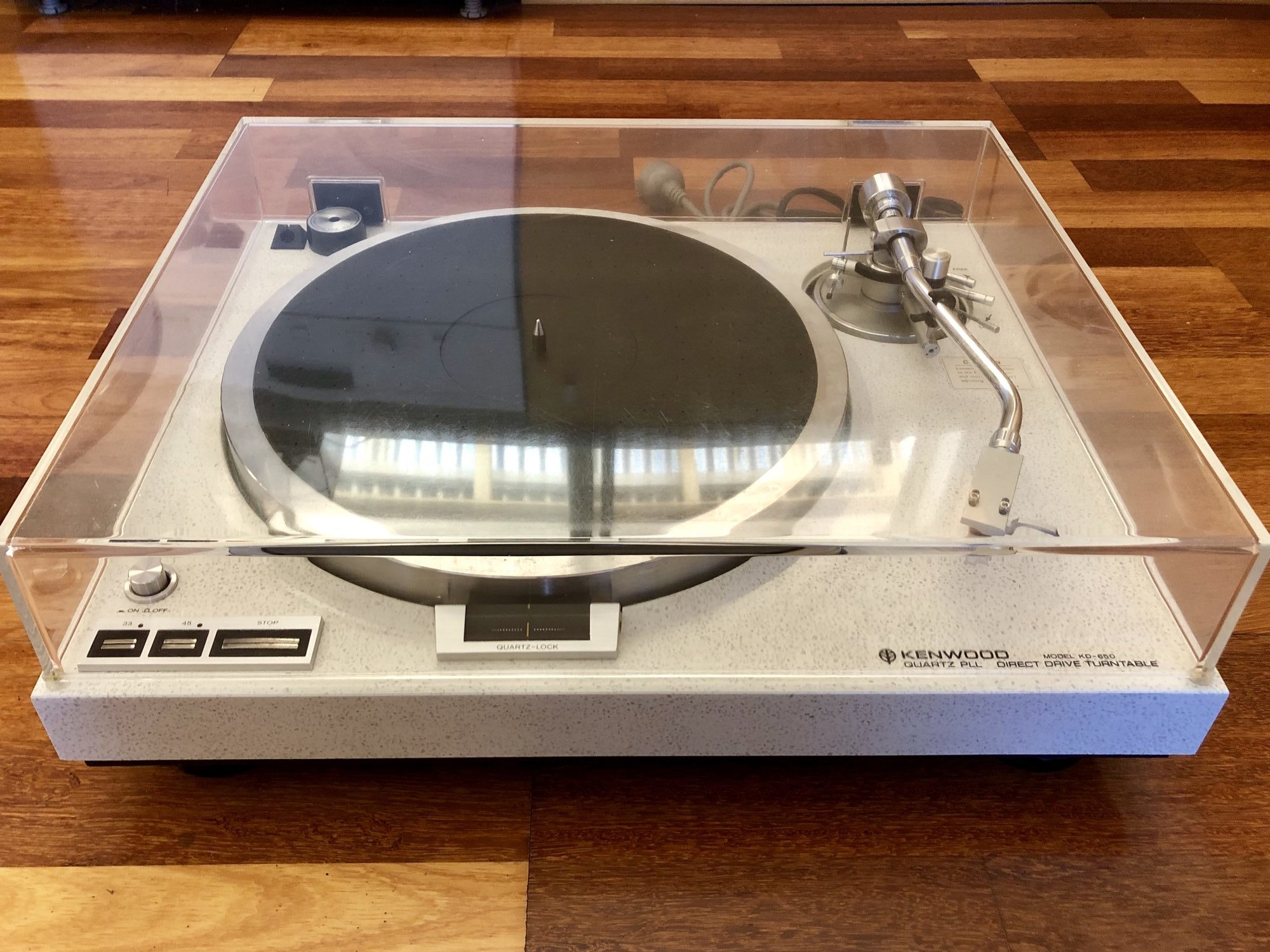 Read more about the article Rare Kenwood KD-650 Turntable for Sale!
