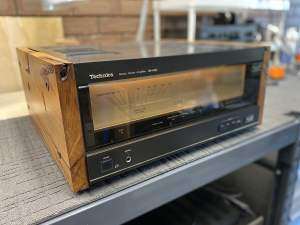 The Technics SE-A100 Amplifier Rises From the Dead!